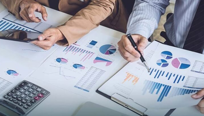Know the Difference between Financial and Management Accounting